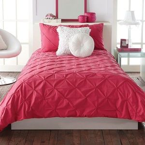Bouclair twin bedding